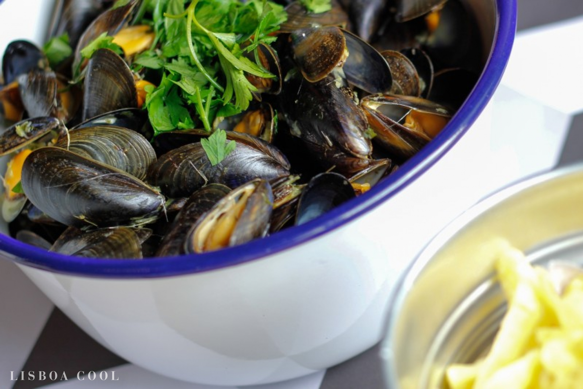 LisboaCool_Comer_Moules & Beer